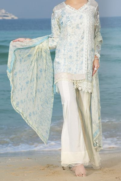 New Arrivals <br> Spring Journey 2018 <br> 3Pc Lawn Collection by Almirah