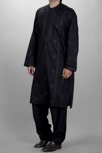 Men <br> Kurta by Almirah