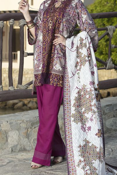 New Arrivals <br> Ornate Collection 2018 <br> 3Pc Unstitched - Lawn Dupatta by Almirah