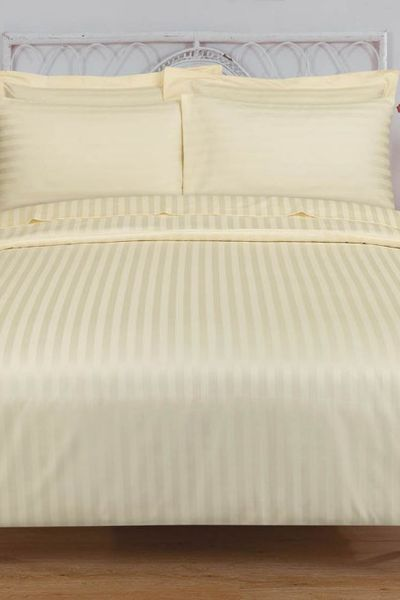Cream STRIPE SATIN T-250 Quilt Cover Set by GulAhmed
