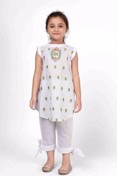 Embroidered Kurta with Pants by Khaadi