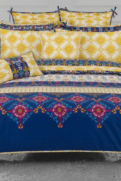 IDEAS HOME <br> Bedding<br> THROWS by GulAhmed