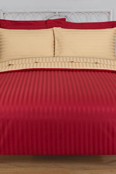 Red STRIPE SATIN T-250 Bed Sheet Set by GulAhmed
